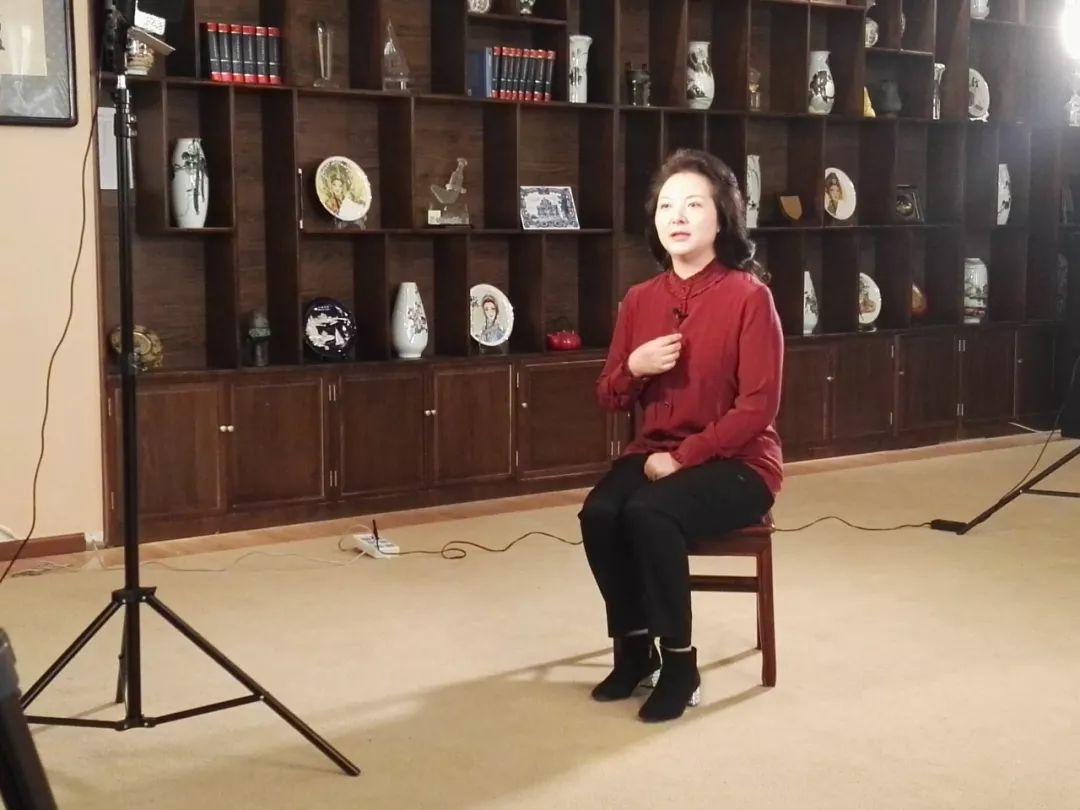朝阳实验小学陈立华校长谈电子产品对孩子的影响